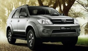 22-toyota-hilux-photos2