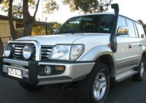 28-toyota-land-cruiser-prado-pictures