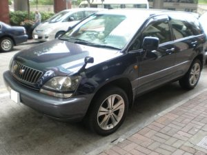 49-toyota-harrier-images2