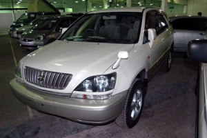 50-toyota-harrier-photos