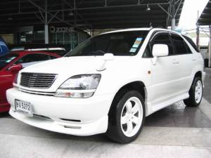 52-toyota-harrier-pictures2