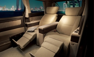 70-toyota-alphard-photos