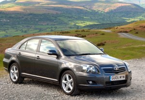 92-toyota-avensis-pictures