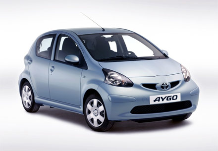 toyota aygo toyota auto cars. Black Bedroom Furniture Sets. Home Design Ideas