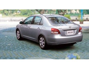 104-toyota-belta-pictures2
