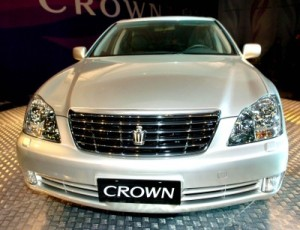 133-toyota-crown-images
