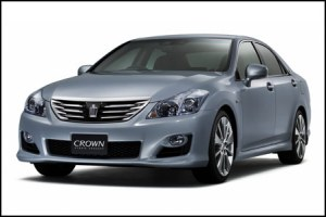 133-toyota-crown-images2