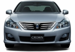136-toyota-crown-pictures2